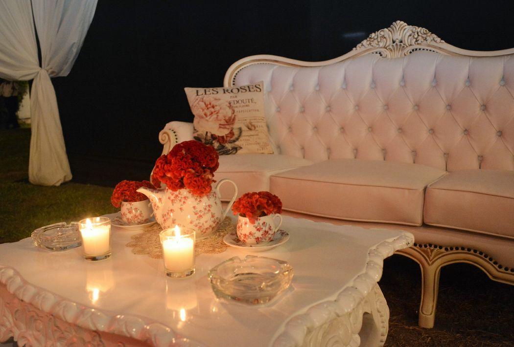 Salas lounges Carlos V