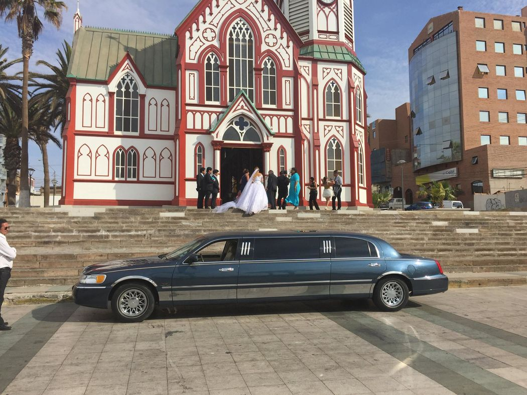Chinchorro'´s Travel Limousine