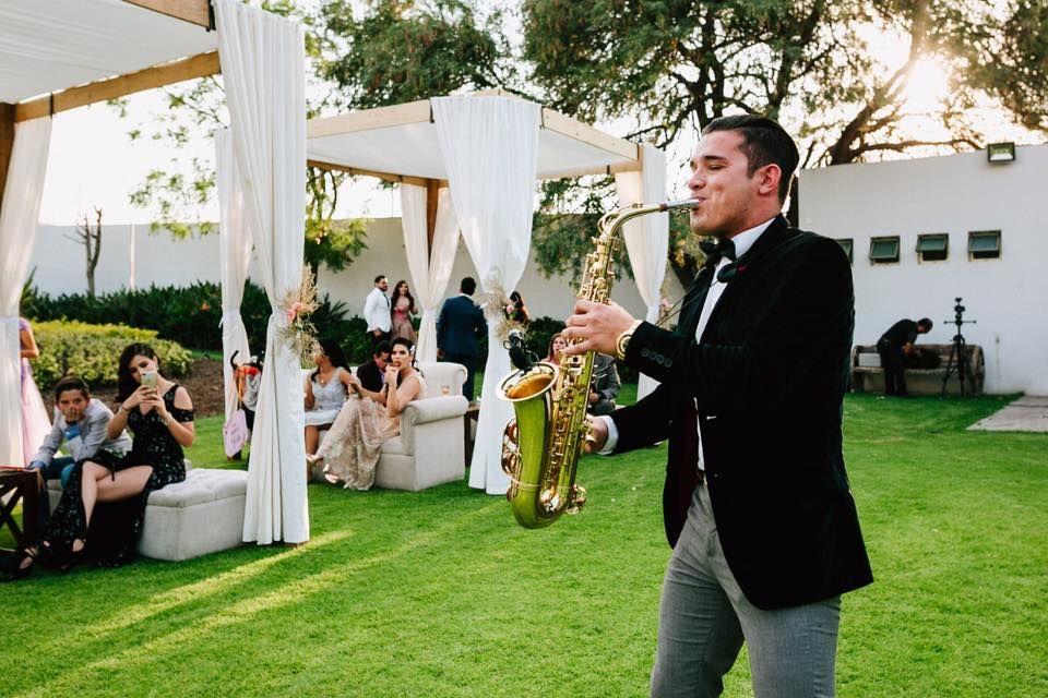 Ramses Torres Saxofonista