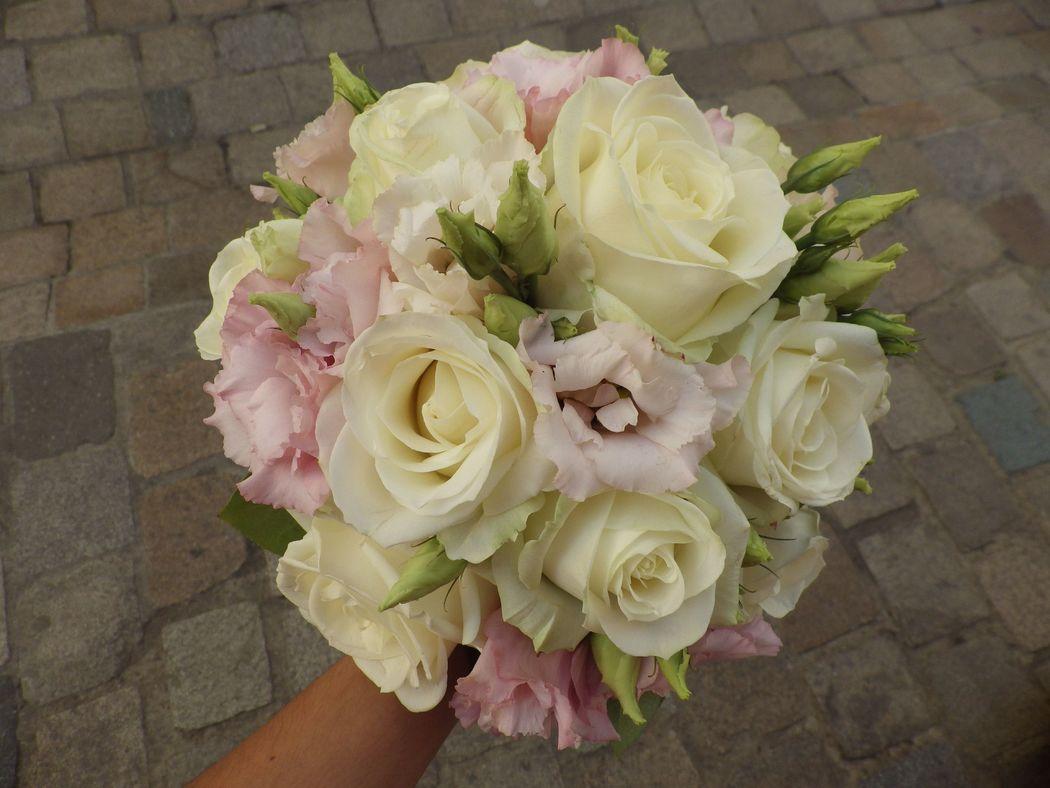Bouquet rond pour un mariage
