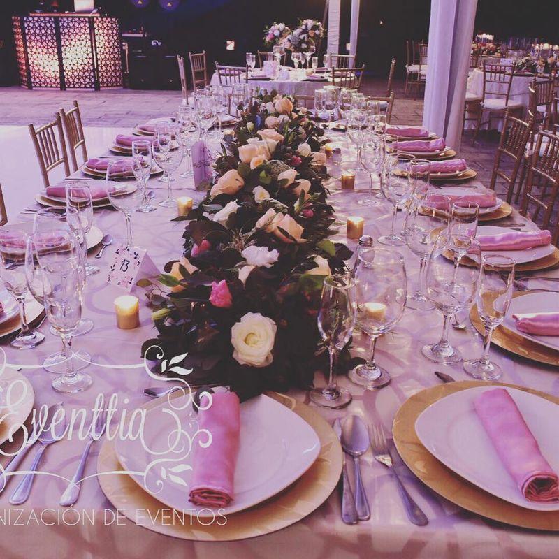 Eventtia Organización de Eventos y Banquetes