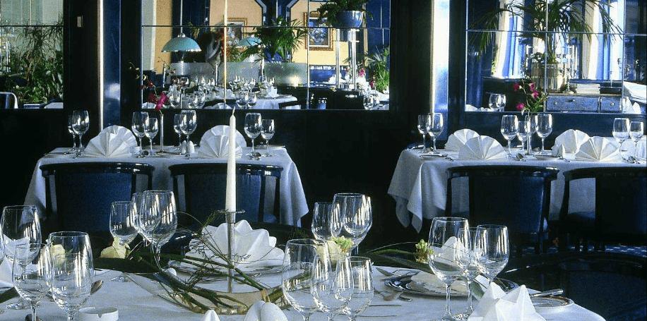 Beispiel: Tischdekoration, Foto: Maritim Hotel Magdeburg.