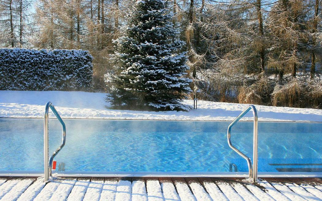 Beispiel: Außenpool, Foto: Hotel am See Sommerfeld.