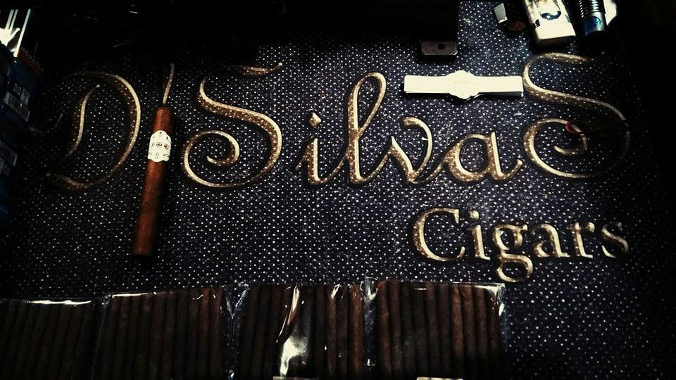 Cigar roller show by DSilvas Cigars