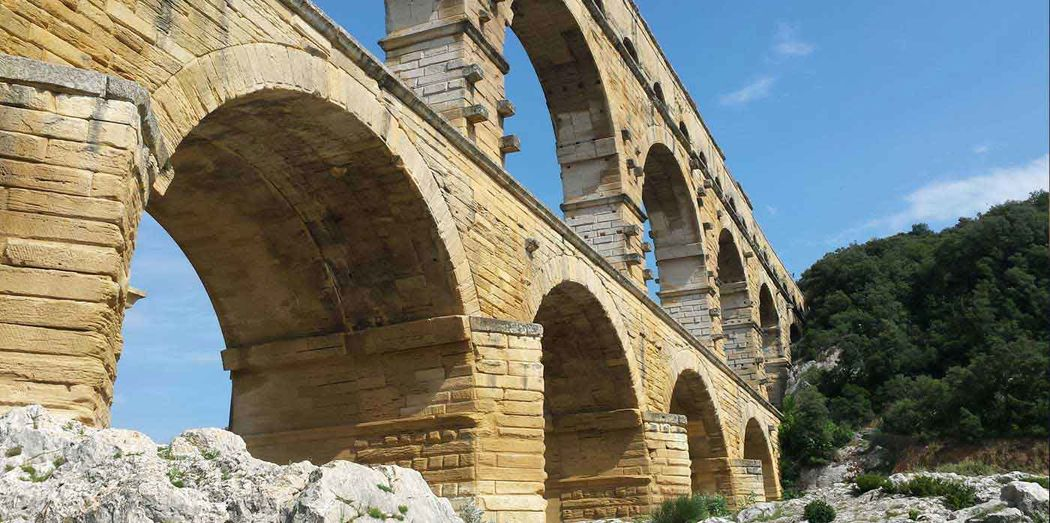A 3kms du Pont du Gard