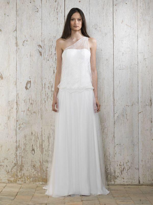 Beispiel: Brautkleid - Lambert Créations, Foto: La Promesse Braut- und Abendmode.