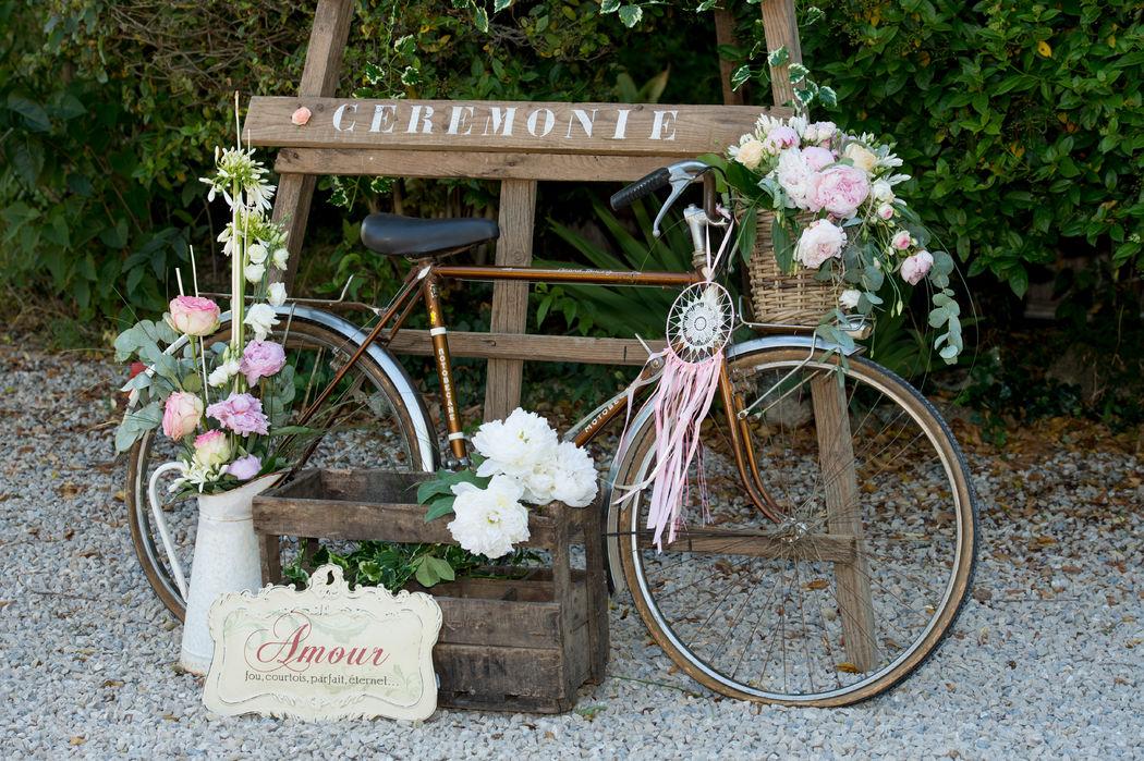 Vélo vintage romantique