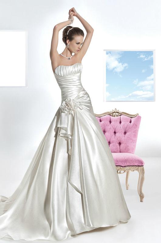 Beispiel: Kleider zum Wohlfühlen, Foto: Mode Wicky.