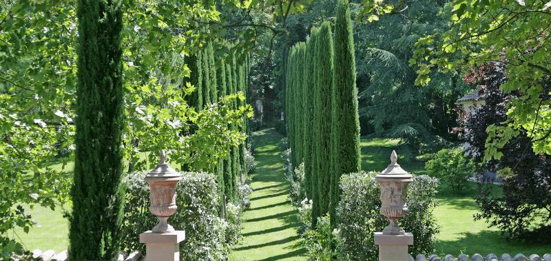 Beispiel: Garten im toskanischen Stil, Foto: Gebrüder Meurer.