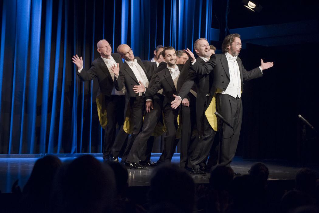 Singing Pinguins