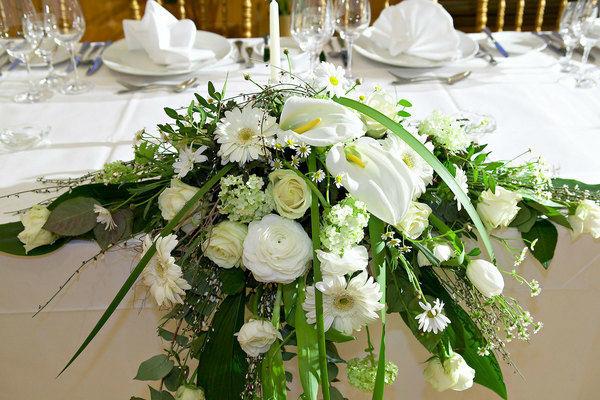 Beispiel: Blumendekoration, Foto: Kursalon Wien.