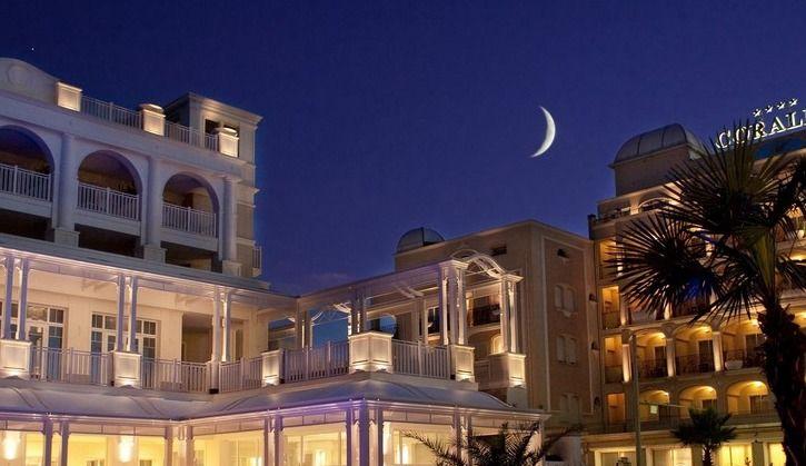Hotel Corallo al calar della sera