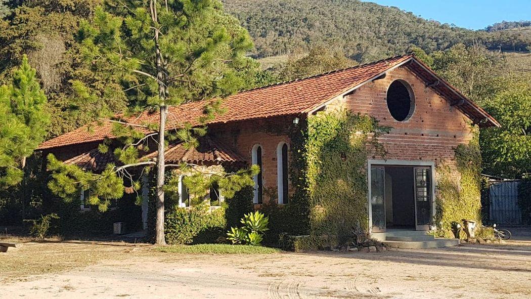 Antigo Mosteiro Serra Clara
