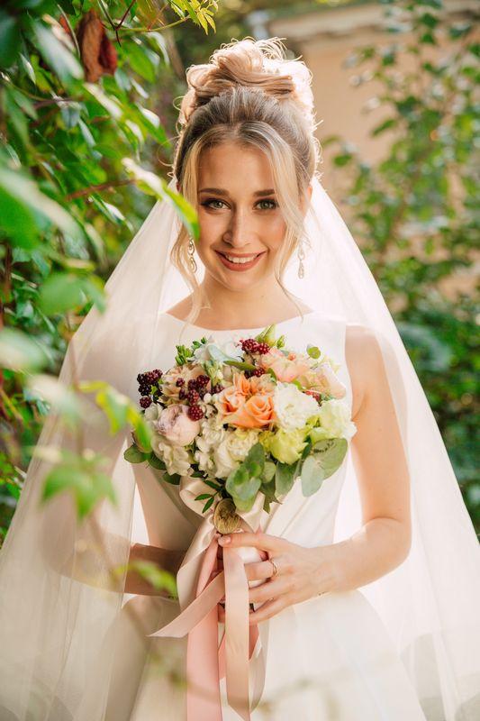 Валерия Овчинникова  свадебный стилист