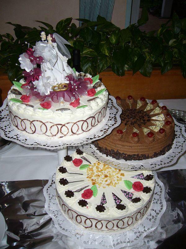 Beispiel: Hochzeitstorte, Foto: Restaurant Prinzenquelle.