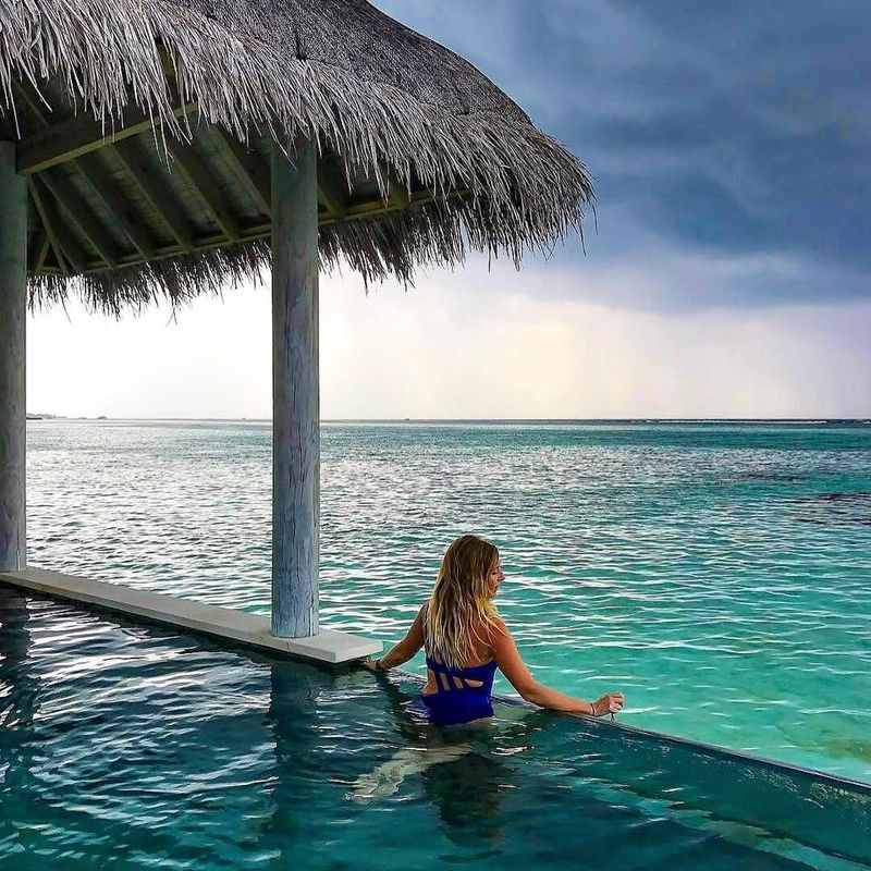Amar Azul Swimwear