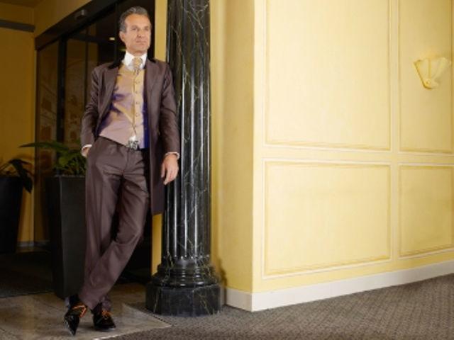 Beispiel: Massanzug für den Mann, Foto: meinhochzeitsanzug.ch.