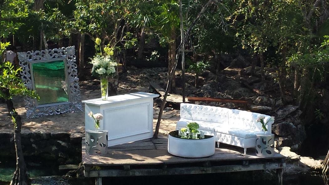 Gran variedad de mobiliario para bodas
