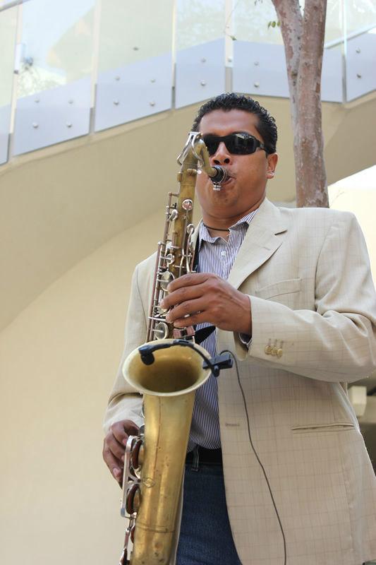Saxofonista en Vivo