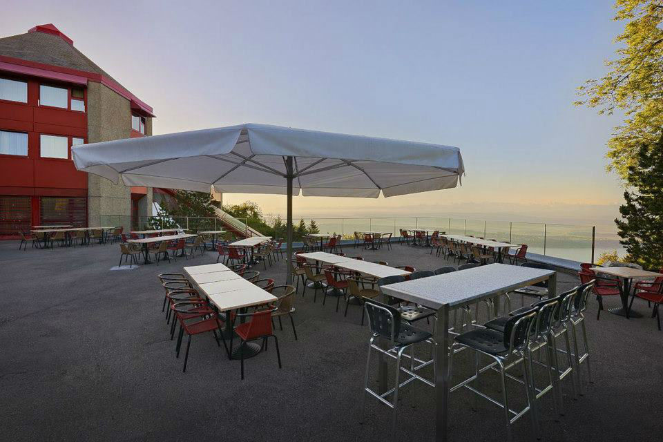 Beispiel: Terrasse, Foto: Hotel Twannberg.