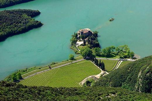 Veduta aerea - Castel Toblino