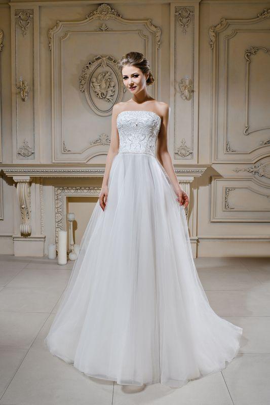 Легкое, летящее платье от австрийского бренда Solomia