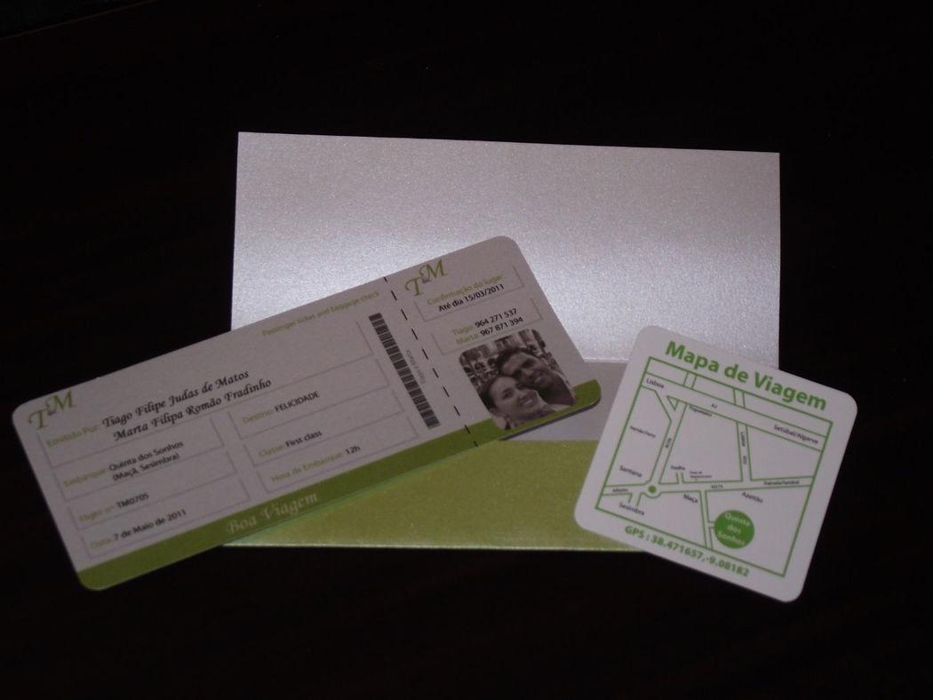 Convite Bilhete de Avião em papel perola