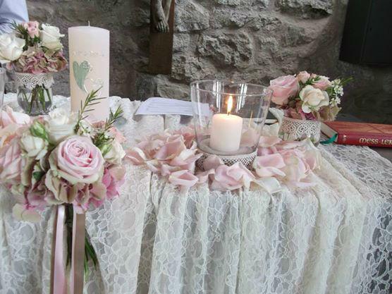 Zeremonie Kirche: Altardekoration
