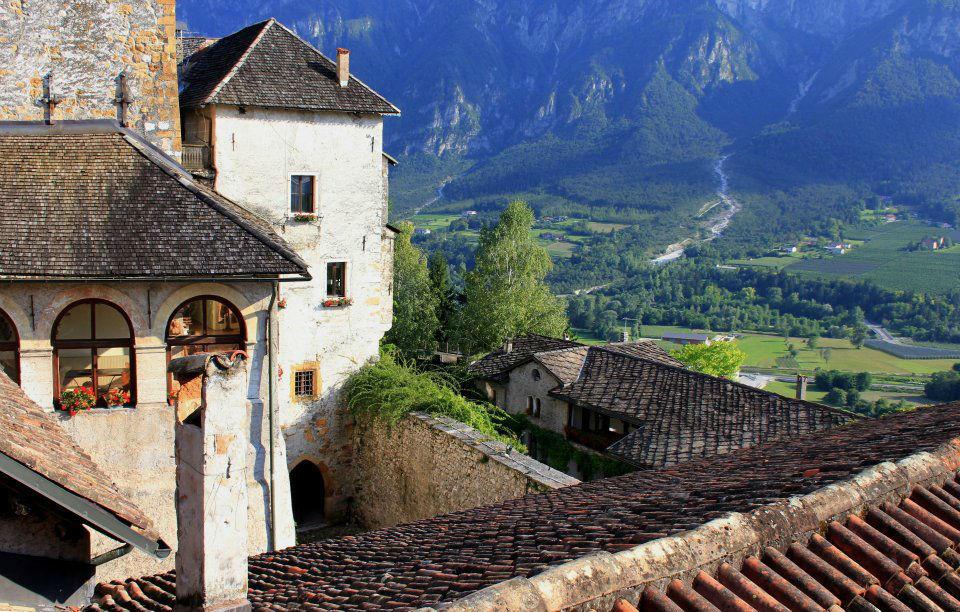 Castel Ivano, palazzo del X secolo
