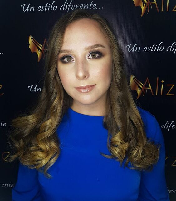 Valeria Mc - Makeup Artist