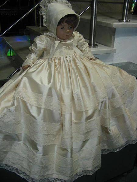 Confecção exclusiva Fátima Escobar para Laçarote Noivas