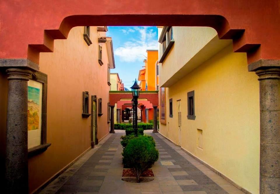 Hotel Suites El Paseo