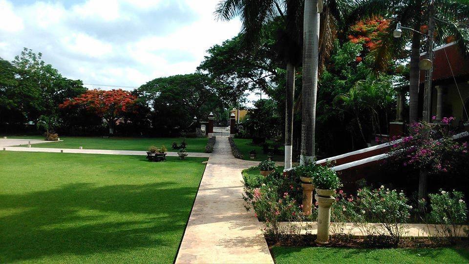 Parte del jardín de la Hacienda