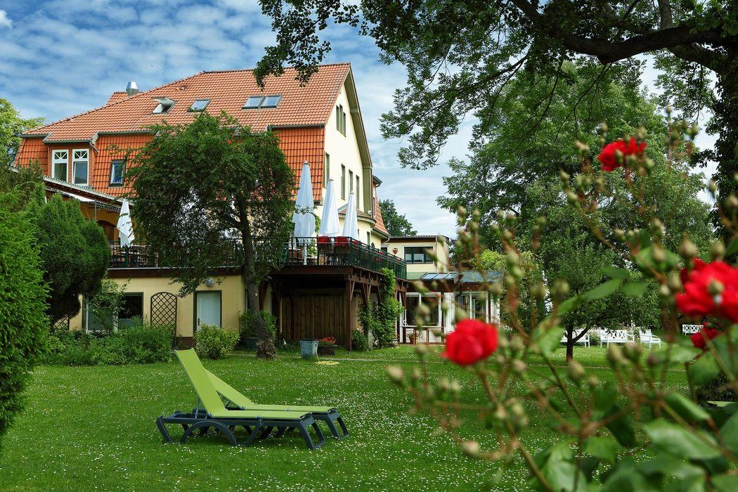 Landhaus mit großzügiger Liegewiese