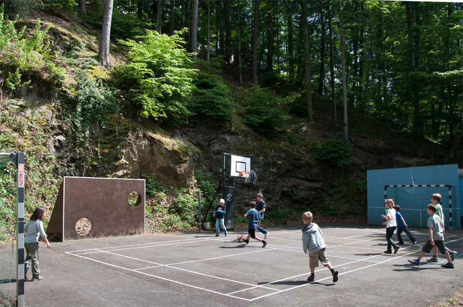 Beispiel: Baskettballplatz, Foto: Waldrestaurant St. Ottilien.