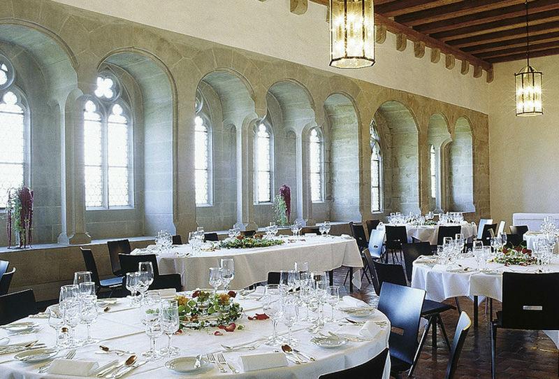 Beispiel: Hochzeitsgedeck, Foto: Schloss Lenzburg.