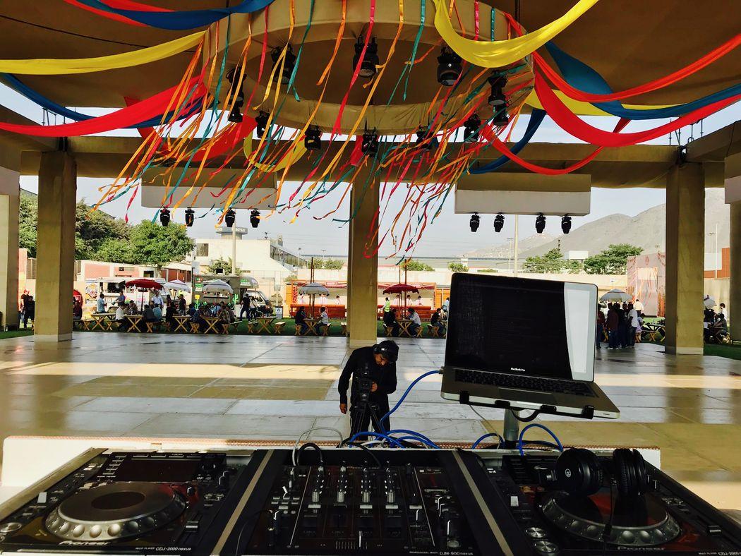 DJ Fox - Sound & Lighting