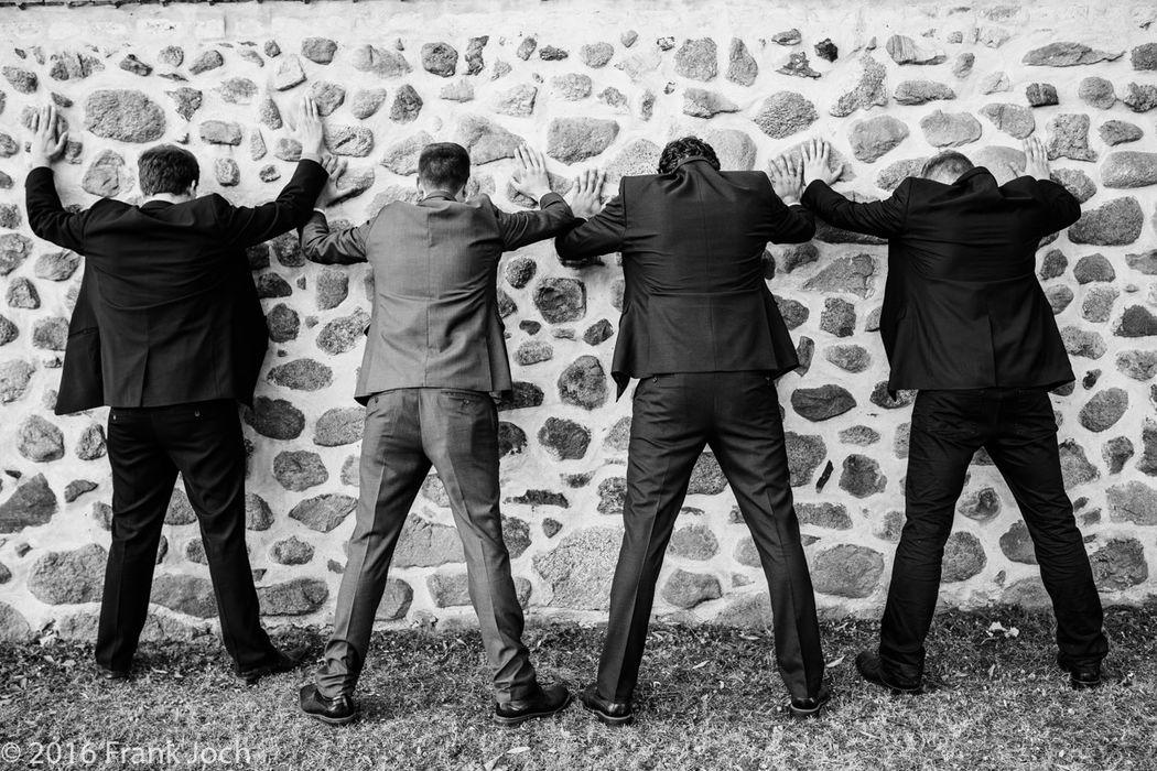 Gruppenfoto (Brautigam mit Trauzeugen)