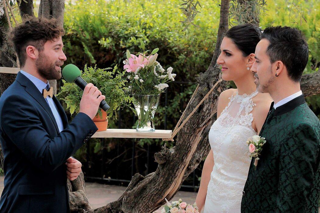 Carlos Ayala - Maestro de ceremonias