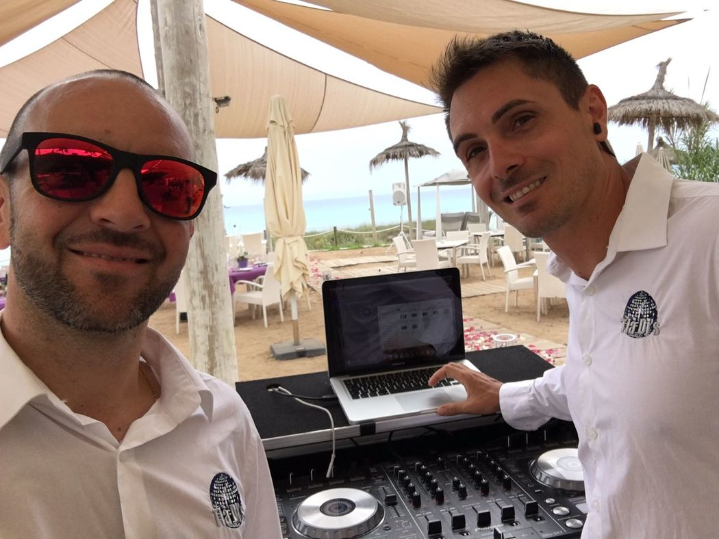 Tià DJ's