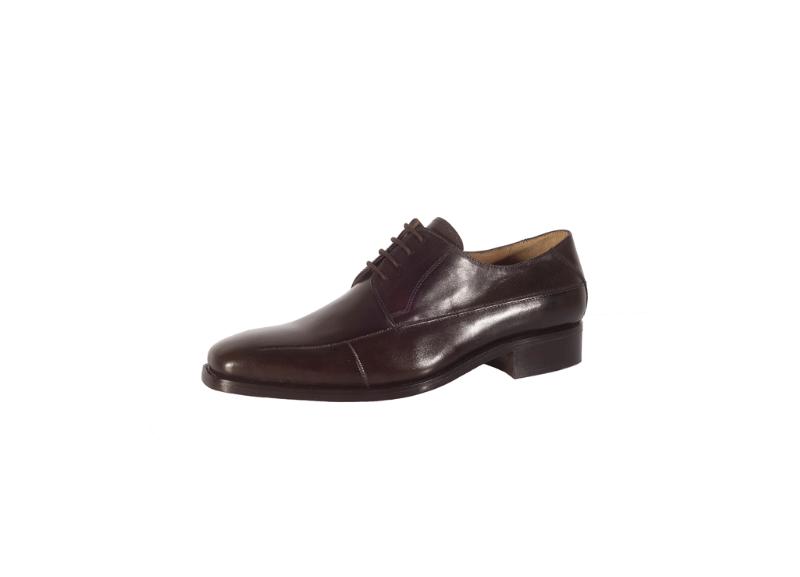 Beispiel: Schuhe für den Herren, Foto: Die Brautschuhe.