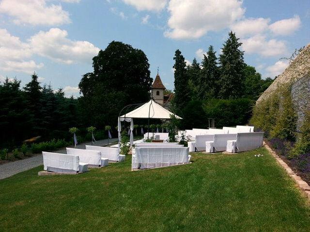 Beispiel: Zelte für das Hochzeits-Bankett, Foto: Butterfly Dreams.