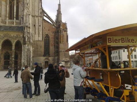 Beispiel: Gruppenerlebnis in Ulm, Foto: BierBike Ulm.