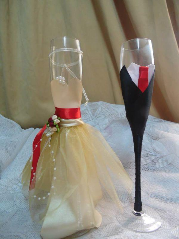 Copas vestidas de novios