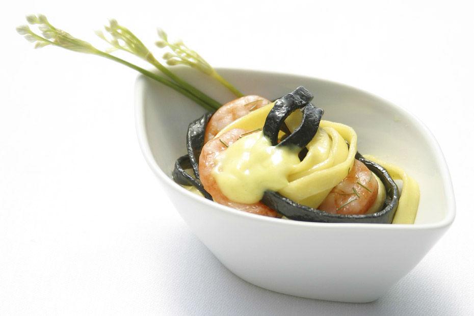 Beispiel: Einmalige Gourmetportionen, Foto: Kaiserschote Feinkost Catering.