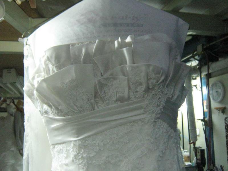 Tintorería Especializada Specialty Cleaners - Limpieza de vestid