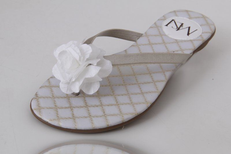 Slim Fashion Flor em Tecido Branco