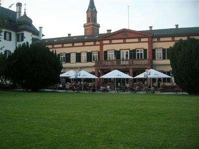 Beispiel: Vorderansicht, Foto: Hutter im Schloss.