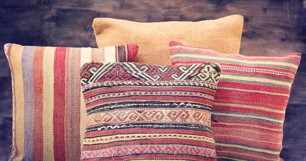 IUKA Craft & Antiques