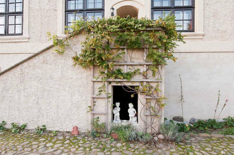 Beispiel: Hinterer Treppenaufgang, Foto: Schloss Schmarsow.